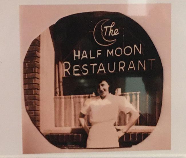 Half Moon Pizza, Hudson, NY